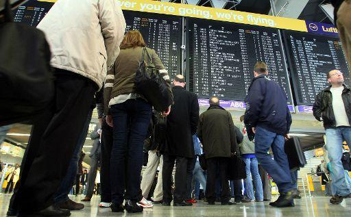 Des règles européennes pour le contrôle des passagers et des bagages (BELGA/AFP/Thomas Lohnes)