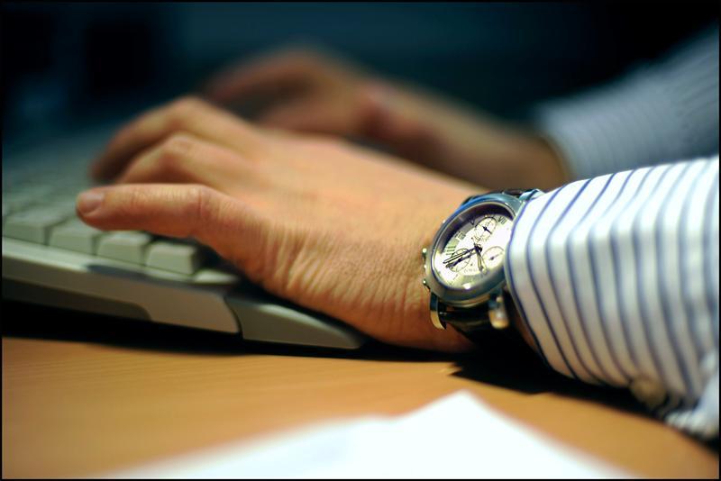 ceas, tastatură