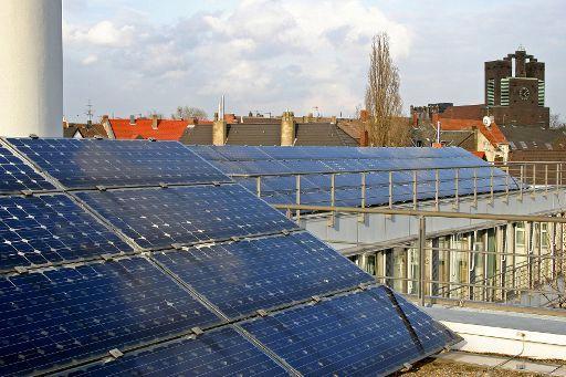 Des panneaux solaires sur un toit, une vision plus si originale en Allemagne.