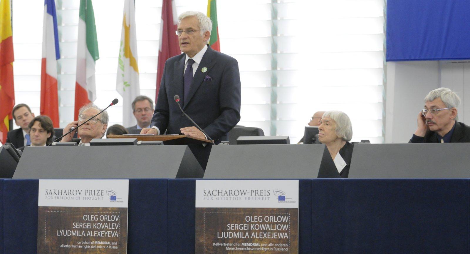 Alle Anderen 2009 jerzy buzek - speechjerzy buzek, president of the