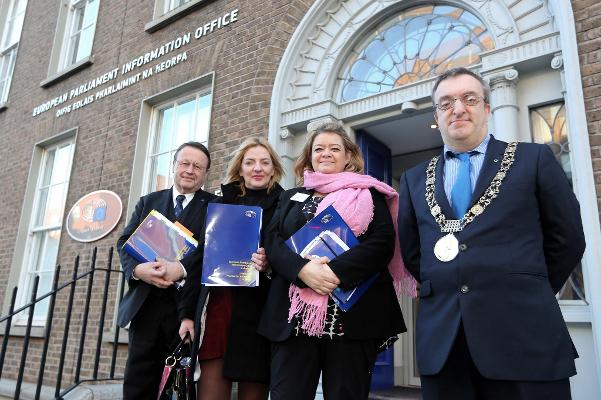 MEPs Paul Rubig, Liadh Ni Riada and Isabelle Thomas pictured with the Lord Mayor of Dublin Micheal MacDonncha outside Europe House Dublin
