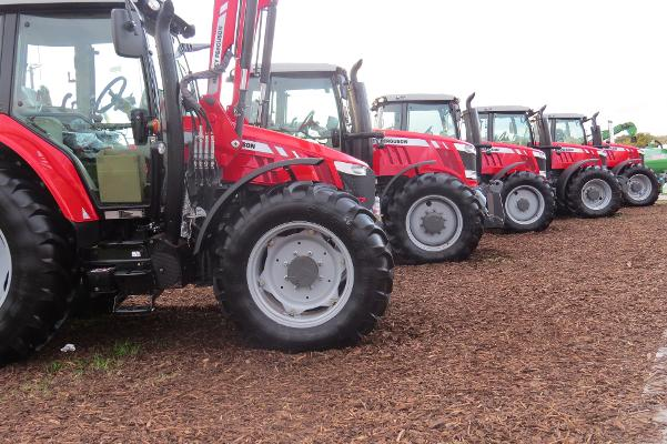 picture of tractors