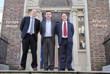 Brian Hayes, MEP (centre) with Graham Stull (left) and Patrick O'Riordan (right) on steps of EU House, Dublin