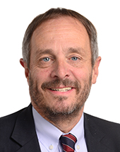 headshot of György HÖLVÉNYI