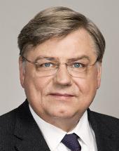headshot of Kosma ZŁOTOWSKI
