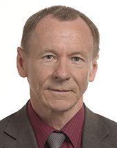 headshot of Michał MARUSIK
