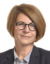 headshot of Julia PITERA