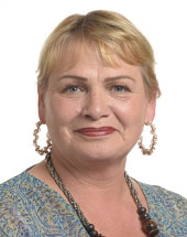 headshot of Soraya POST