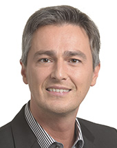 headshot of Hugues BAYET