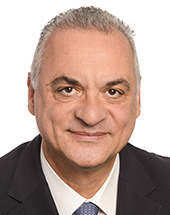 headshot of Manolis KEFALOGIANNIS