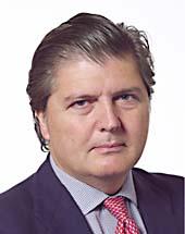 headshot of Íñigo MÉNDEZ DE VIGO