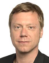 headshot of Martin SCHIRDEWAN