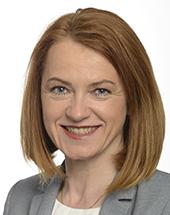 headshot of Simone SCHMIEDTBAUER