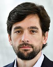 headshot of Adrián VÁZQUEZ LÁZARA