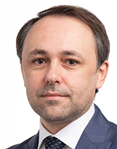 headshot of Alin MITUȚA