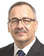 headshot of Vladimír MAŇKA