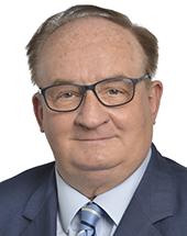 headshot of Jacek SARYUSZ-WOLSKI
