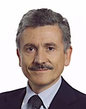 headshot of Massimo D'ALEMA