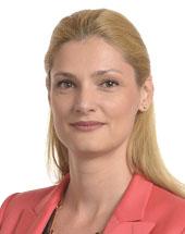 headshot of Ramona Nicole MĂNESCU
