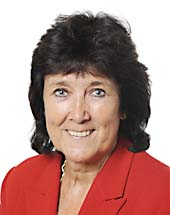 headshot of Elizabeth LYNNE