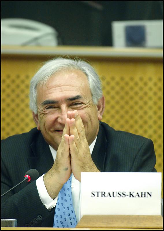 Dominique Strauss-Kahn jeudi, lors de sa visite au Parlement
