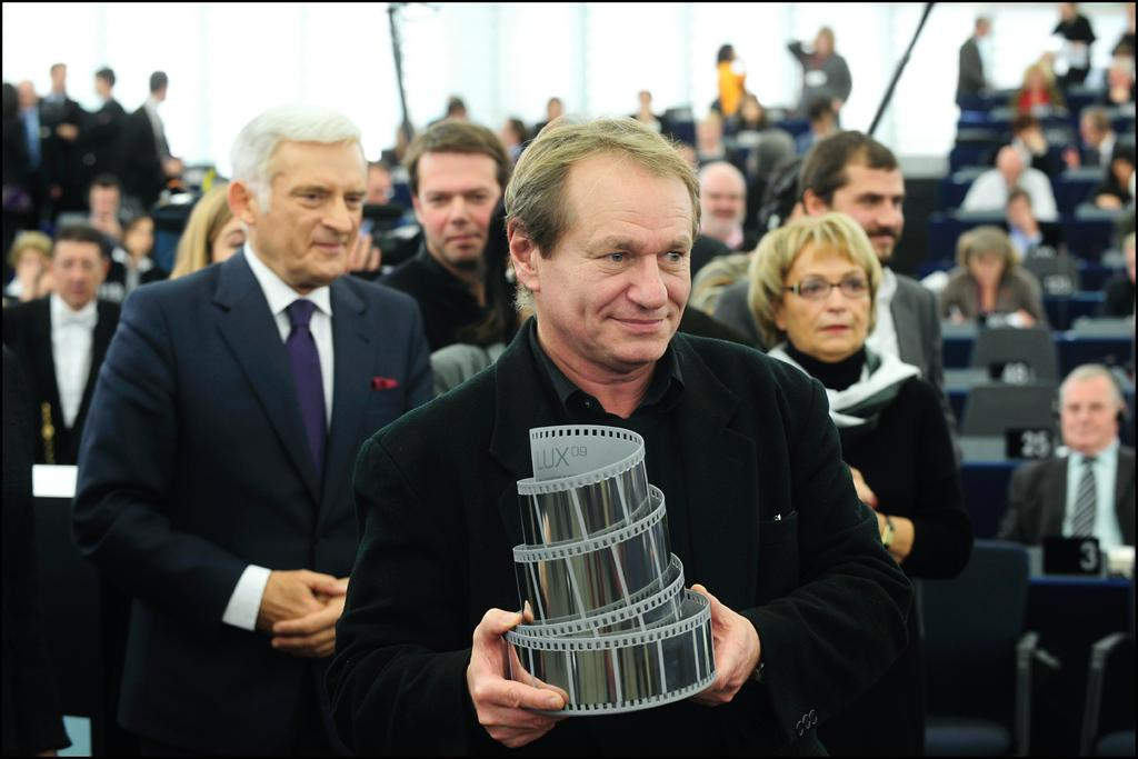 "French Director of ""Welcome"" Philippe Lioret receives the 2009 LUX prize"
