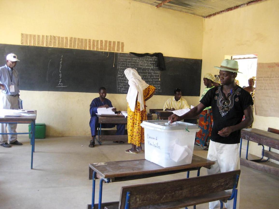 Παρατηρητές της ΕΕ στις προεδρικές εκλογές της Νιγηρίας το 2007  © European Union, 1995-2010