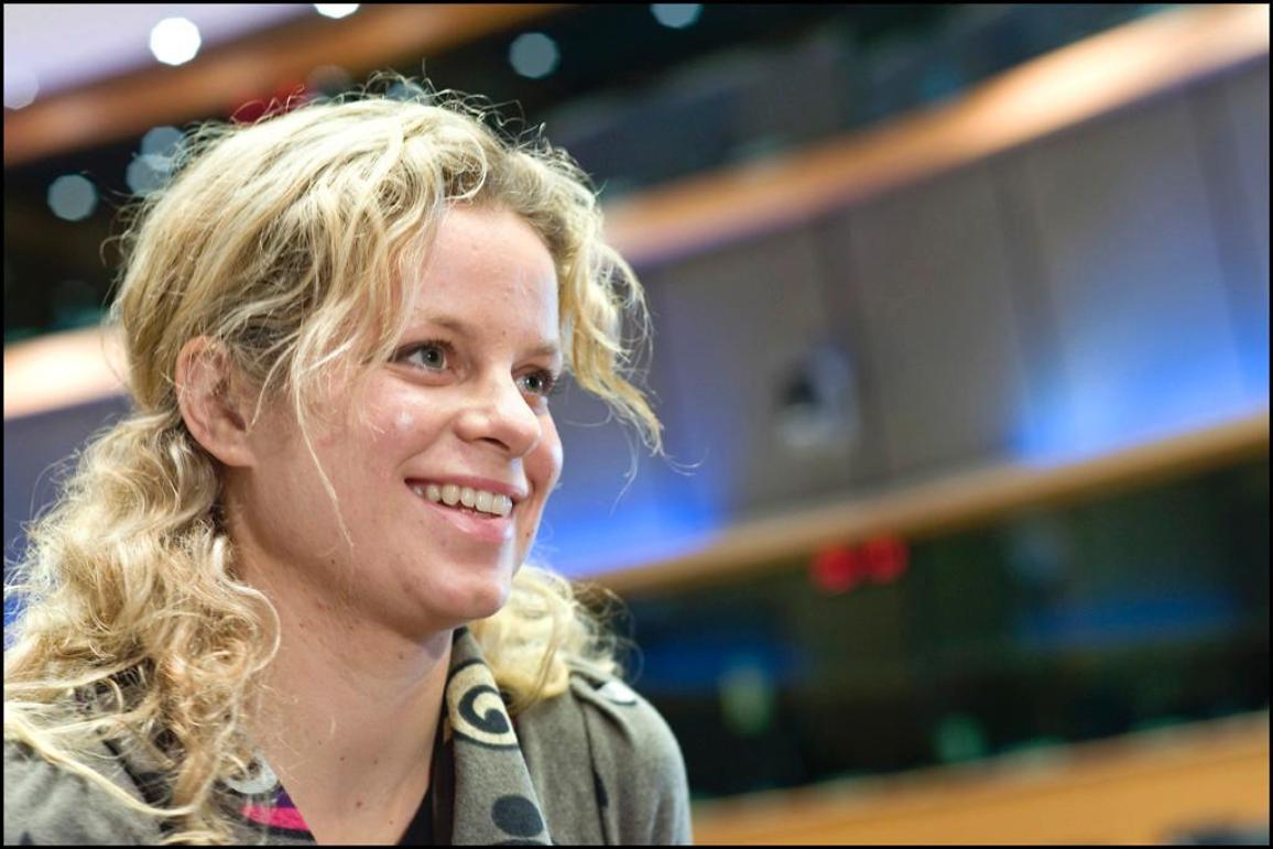 Kim Clijsters at European Parliament to promote childcare NGO