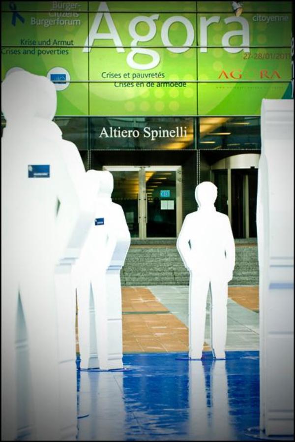 Het derde Burgerforum Agora in het EP in Brussel onderzocht de verschillende manieren waarop men in Europa armoede kan bestrijden