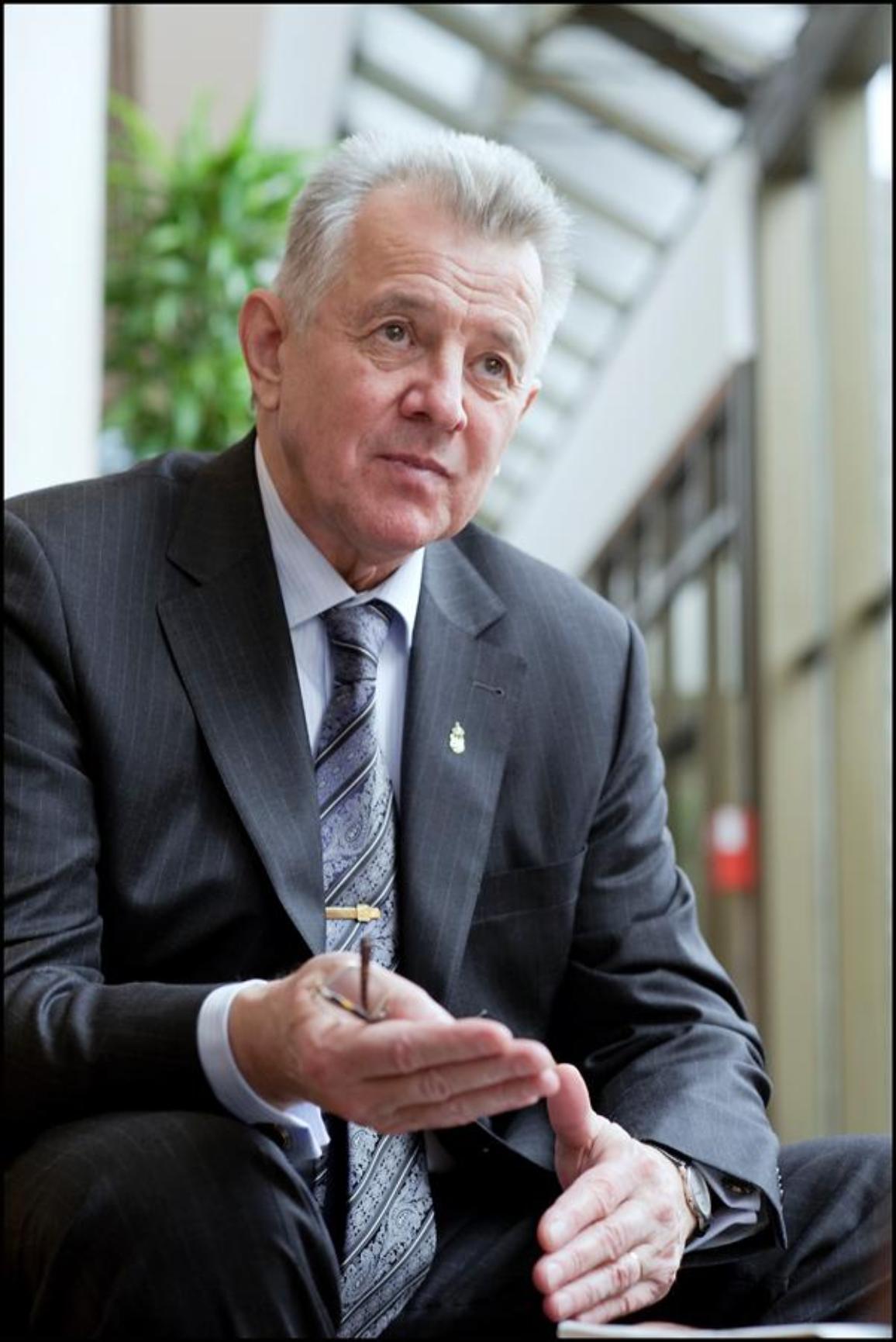 Schmitt Pál az Európai Parlamentben - ezúttal köztársasági elnökként