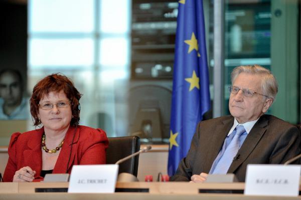 Jean-Claude Trichte fil-Parlament © European Union 2011 PE-EP