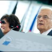 Mr Buzek in plenary