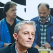 Producent Marc Bordure je v imenu Roberta Guédiguiana prevzel nagrado LUX