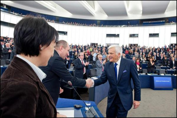 Jerzy Buzek in plenary