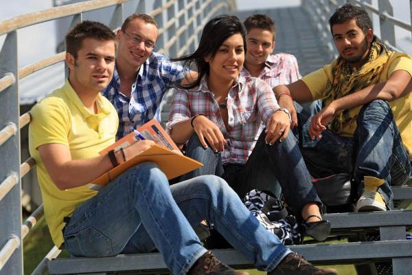 Jeunes étudiants Erasmus ©BELGA_BELPRESS_Philippe Turpin