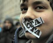 Vocea celor ce se opun ACTA va fi auzită la Parlamentul European pe 27 februarie, când deputații vor primi o petiție împotriva acordului ©BELGA/AFP/J.Skarzynski