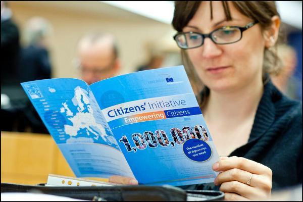 Med medborgarinitiativet får allmänheten en ny möjlighet att påverka EU-politiken