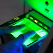 EP nariai atkreipė dėmesį į saugumo spragas renkant biometrinius duomenis ©BELGA/KEYSTONE/A.Balzarini
