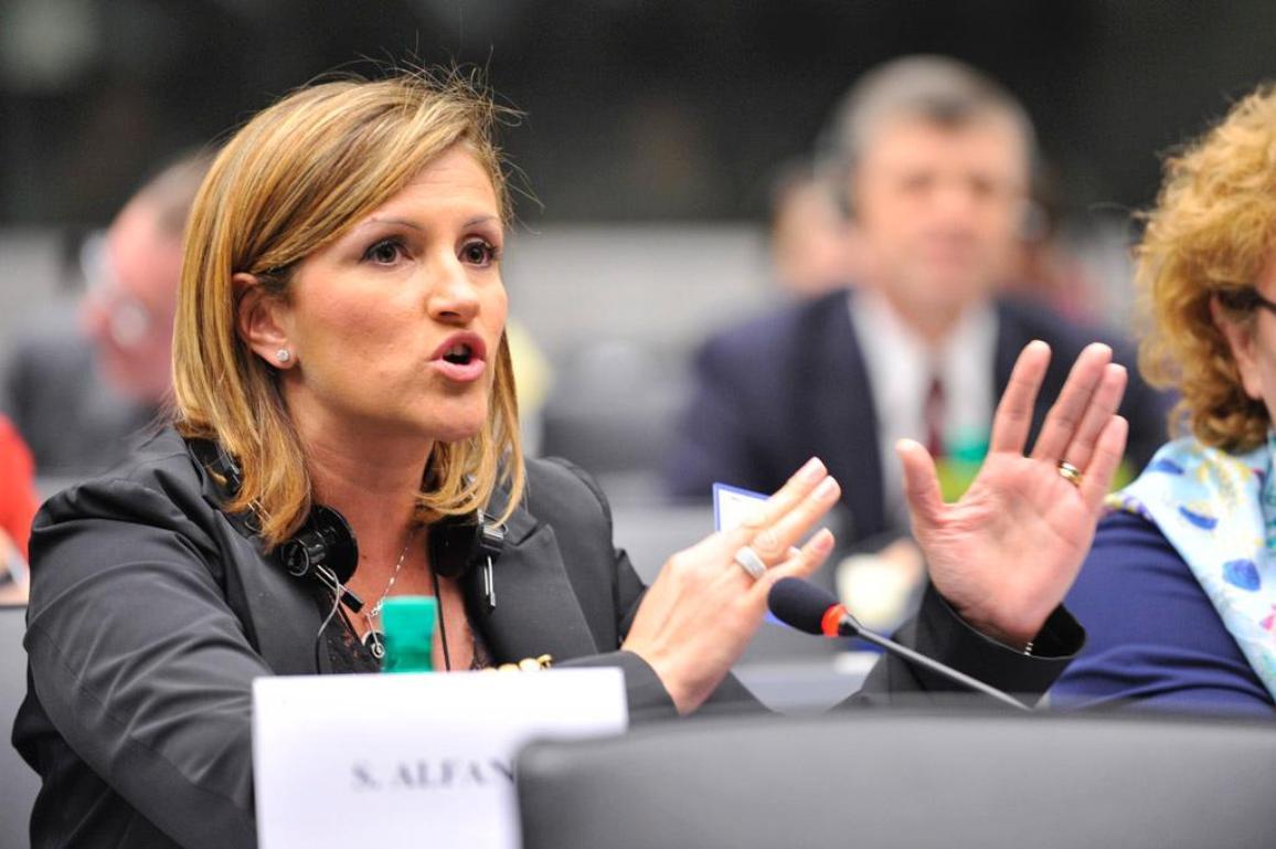 La eurodiputada liberal Sonia Alfano, presidenta de la comisión de Delincuencia Organizada