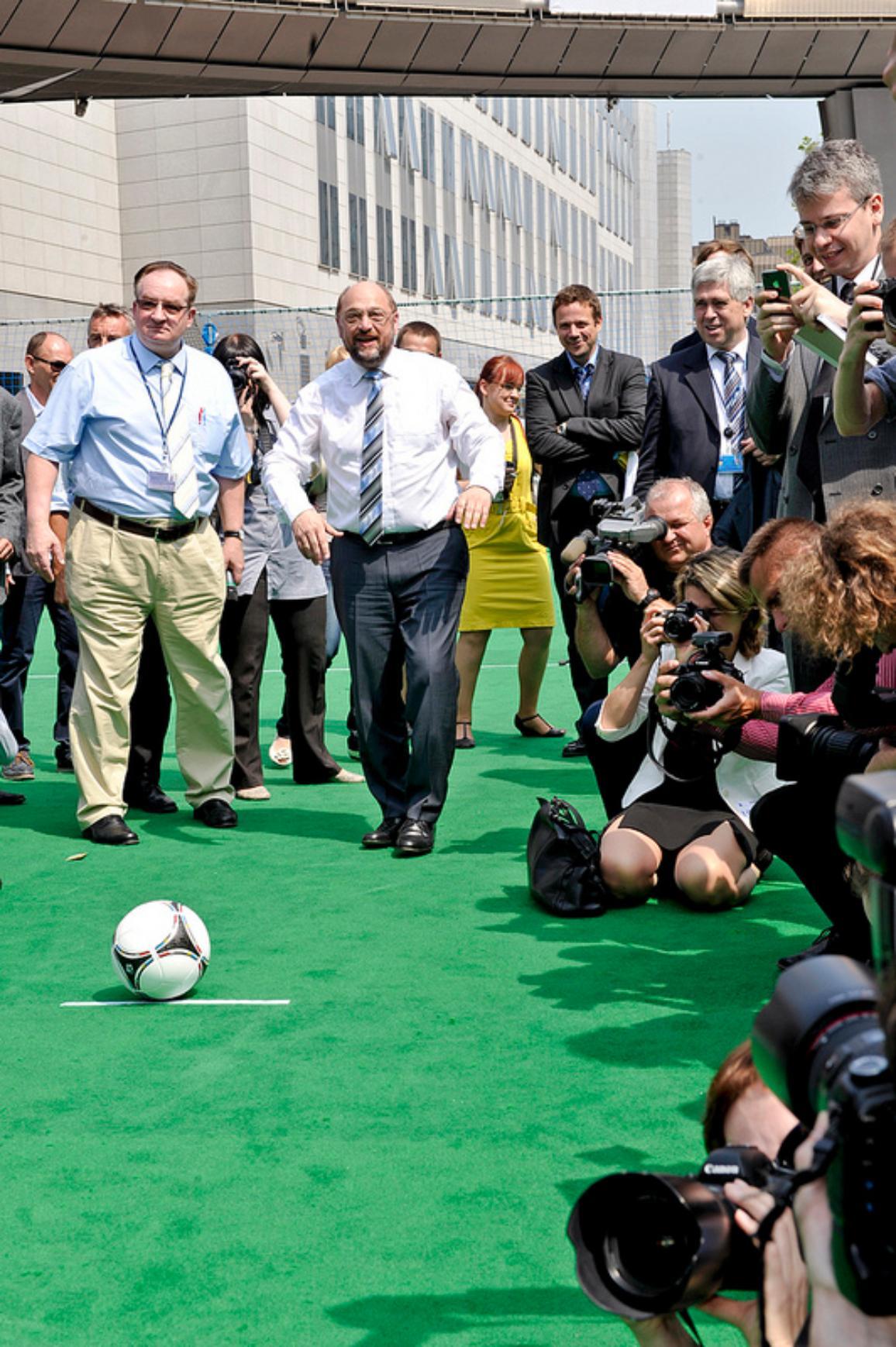 Martin Schulz při slavnostním výkopu