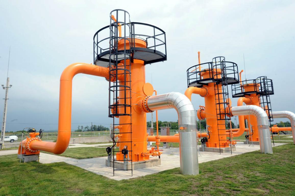 Nowa stacja pomiaru gazu FGSZ Natural Gas Transmitting Company ciagnie się przez Dravaszerdahely, 228 km na południe od Budapesztu, na Węgrzech, 04 sierpnia 2011, dzień po zakończeniu rozpoczął przesył gazu ziemnego między Węgrami i Chorwacją. © BELGA_MTI_Ferenc Kalmandy