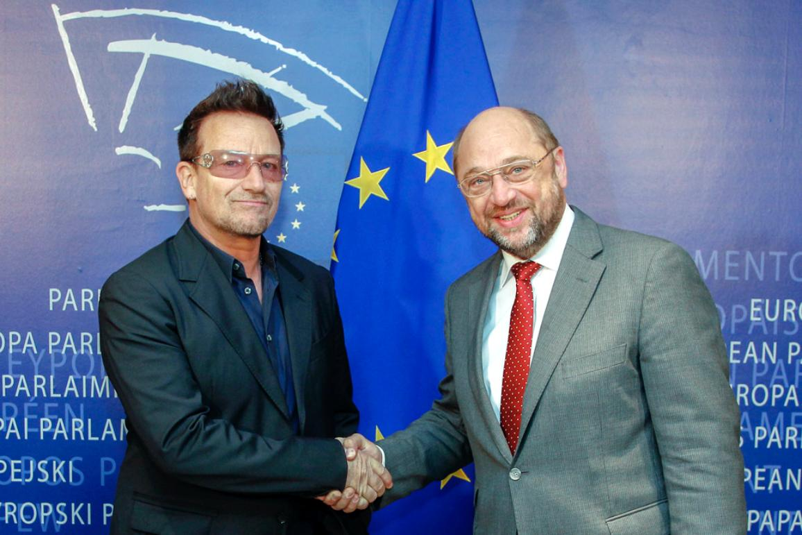 a paper on bono vox as a supporter of the third world countries Examination of the leadership ability of bono this paper will reflect on bono's as part of his crusade to combat third world poverty, bono was.