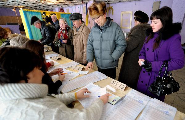 Am 28. Oktober wählt die Ukraine ein neues Parlament. Während der Präsidentschaftswahlen 2010 waren 36,5 Million Menschen wahlberechtigt. © BELGA_Photoshot_DAREK DELMANOWICZ