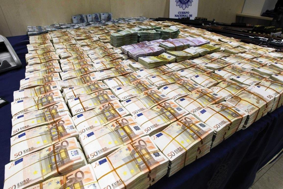 View of the material seized by the Spanish National Police during the operation 'Emperador' (Emperor) that unveiled a network of money laundering and organized crime, in Madrid, Spain, on 16 October 2012. © BELGA_EFE_A.Diaz