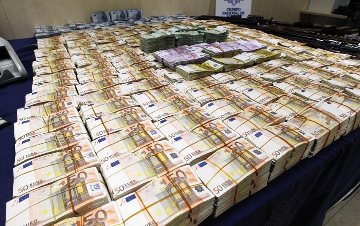 Pranie pieniędzy - jeden z ważniejszych problemów, z którym musi zmierzyć się UE © BELGA_EFE_A.Diaz