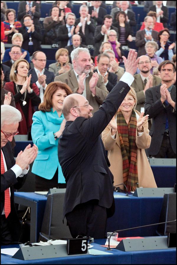El Parlamento da la bienvenida a Martin Schulz como su nuevo presidente desde enero de 2012