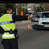 French border police reactivate controls of vehicles and identity checks