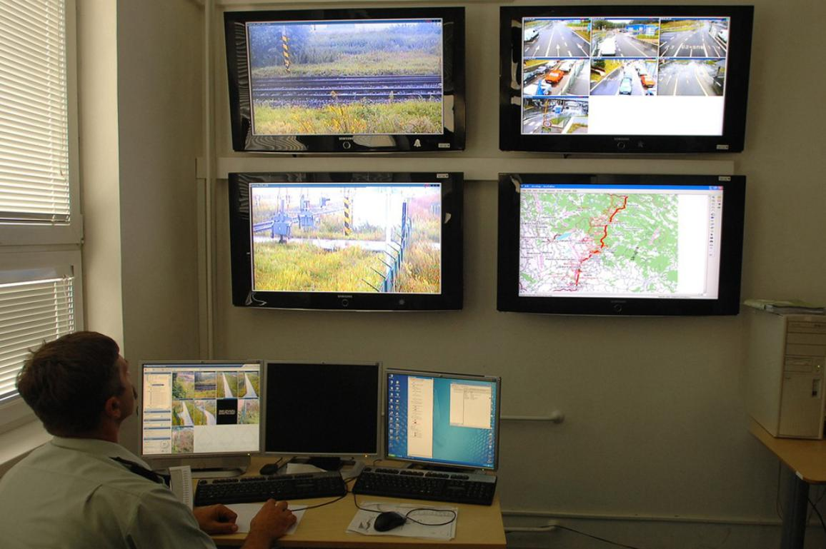 EU border surveillance: MEPs approve Eurosur operating rules