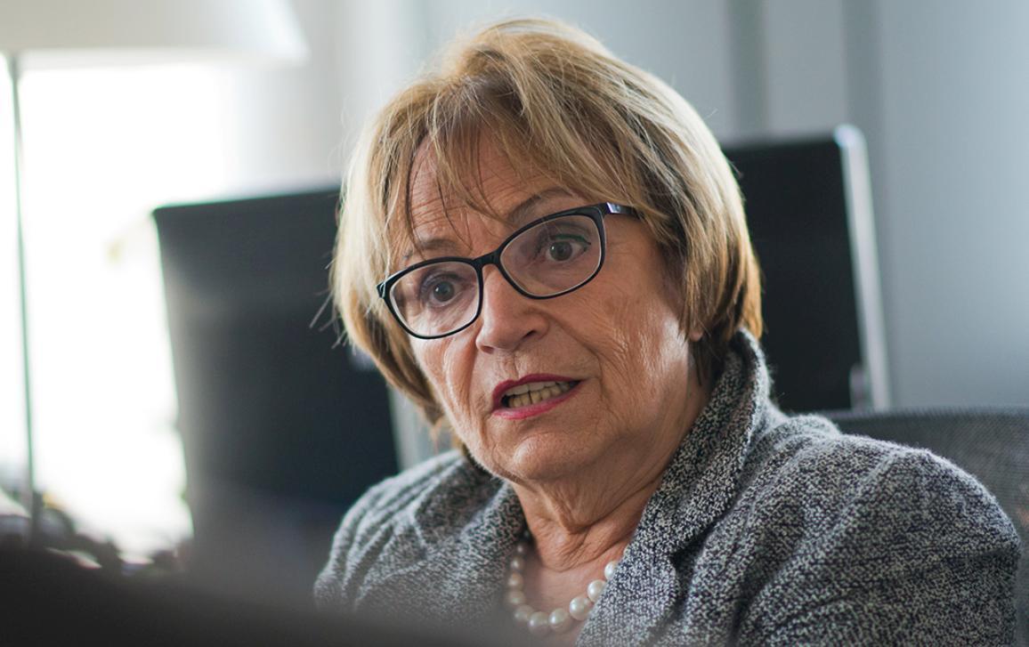 MEP Doris Pack  ITW on Bosnia