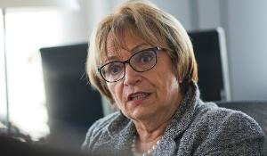 MEP Doris Pack  ITW on Bosnia